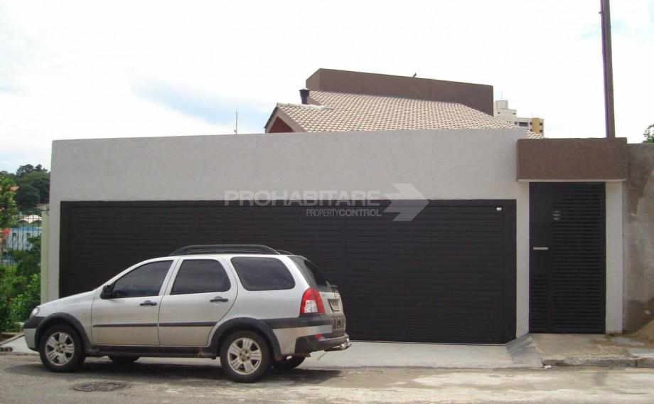 Casa assobradada, Jardim Santa Rita de Cássia, aceita financiamento