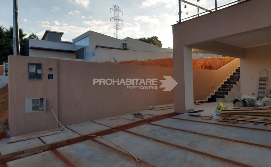 Casa, condomínio fechado, zona sul, terreno amplo, Bragança Paulista.